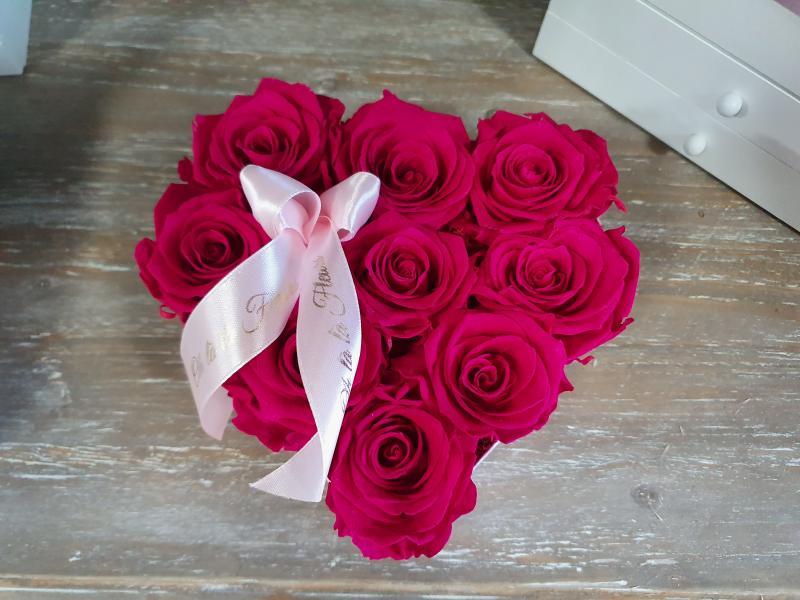 ÉTERNELLE ROSE MALÝ SRDIEČKOVÝ BOX